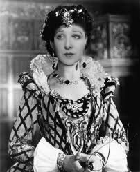 Dorothy Revier as Her Ladyship